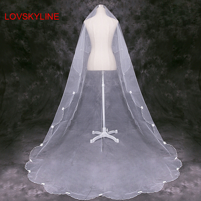 Pure White 2 5m Cathedral Length Wedding Veils One Layer Pearls Small Bows Bridal Accessories Veil