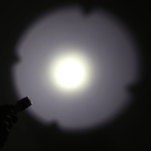 Image 5 - 2000LM led セキュリティ戦術警察 led 懐中電灯自己防衛多機能屋外サバイバルトーチ cree xml T6 たいまつ