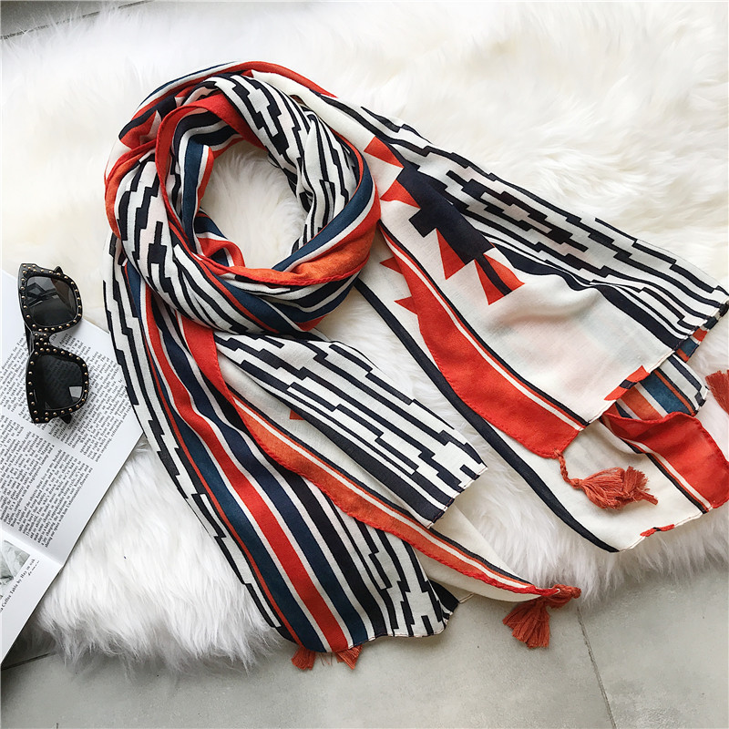 2018 New Fashion Geometry Print Tassel   Scarf   Women Geometric Print   Scarves     Wraps   Shawl Muffler Hijab Free Shipping