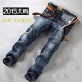 2015 Большие Ярдов 2016 новая мода мужчин джинсы известная марка дизайн Свободные Средний Талия Джинсы Промытые Брюки Плюс Размер 42/44/46/48