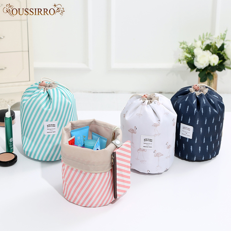 Women 2018 Fashion High Capacity Nylon Beauty Makeup Bags Travel Barrel Shape Cosmetic Bag Wash Baging Makeup Bathroom Organizer