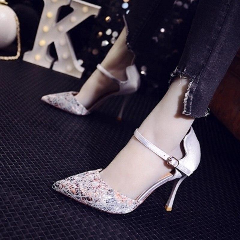 Avec 2 Un Couleur De Bouche Pointu 2018 bouton Mélangée Sexy Creux Chaussures Femmes Sauvage Boucle Peu Hauts Profonde Coréenne Printemps Talons 1 ff5Brw