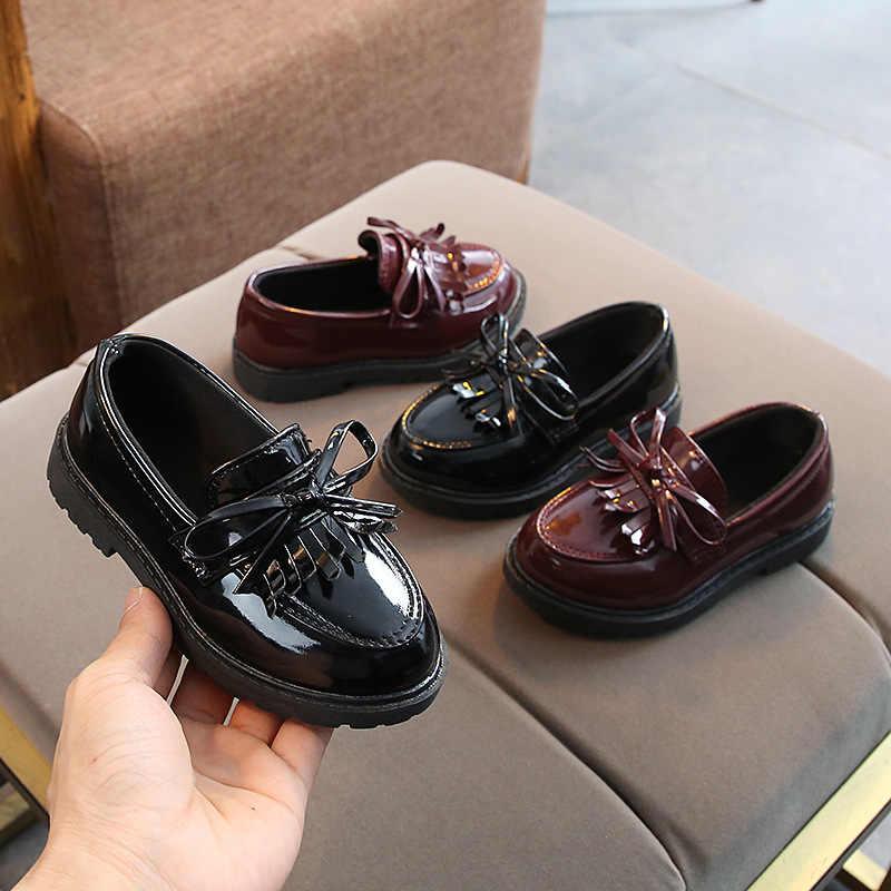 เด็กเด็กรองเท้าเด็กรองเท้าเด็ก Pu รองเท้าหนัง Retro Slip On เด็กวัยหัดเดินสีดำสิทธิบัตรหนังเจ้าหญิงรองเท้า CSH886