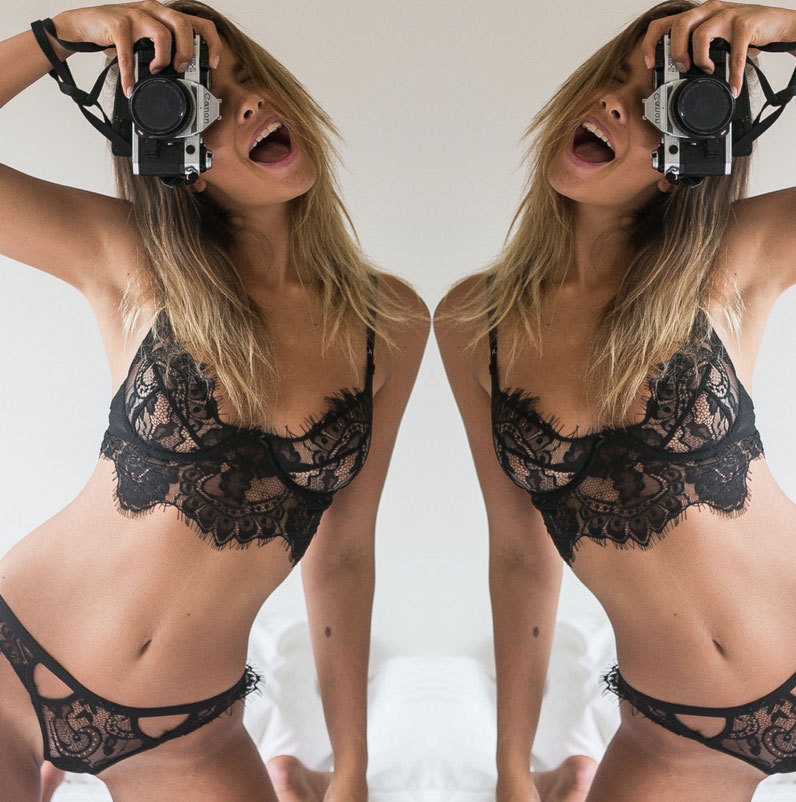 Hot Sexy Lingerie Bra Panties Women Exotic Lace g-String Thong Brief Strap Cross Hollow Out Bikini Bras Underwear Women Lingerie
