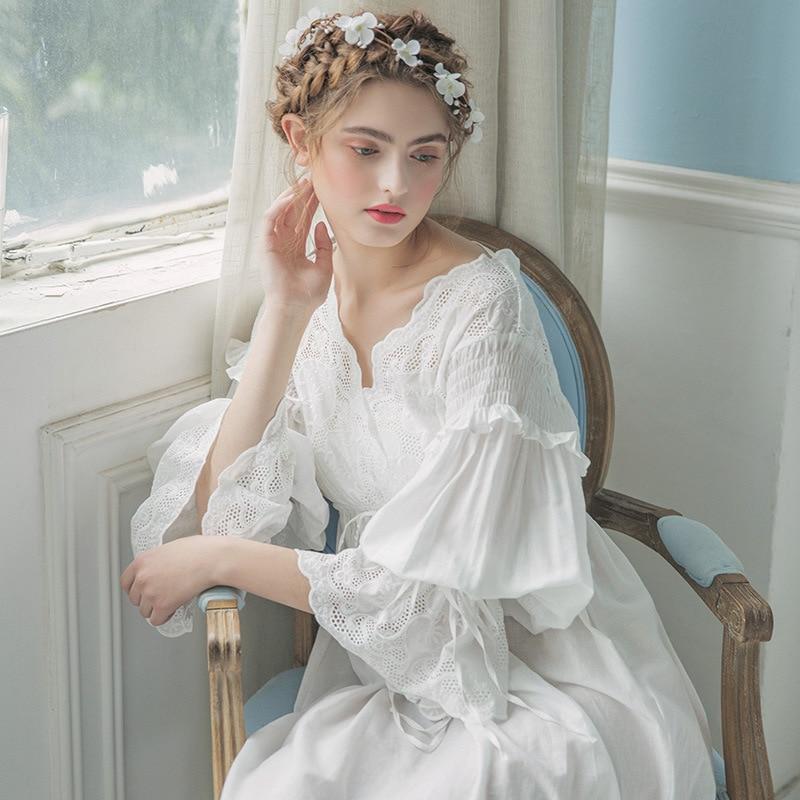 Vintage Dressing Gown: Women Vintage Gown White Cotton Princess Nightgown Ladies