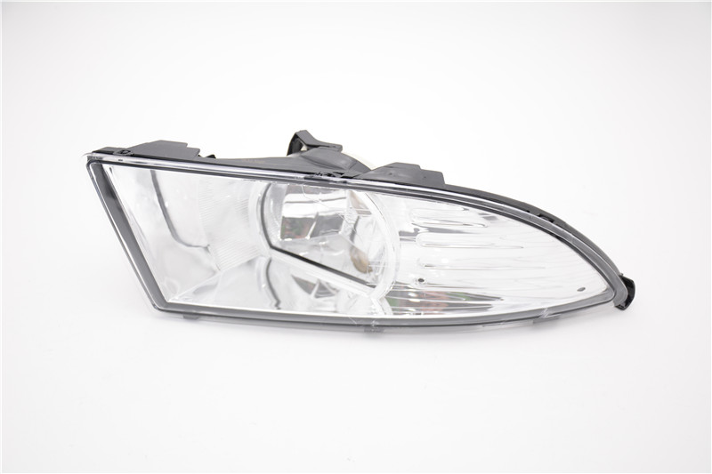 1Pcs Front Bumper Driving Fog Light Lamp New Right Side For Skoda Fabia 2011-2014 1pcs new oem rh front bumper fog lamp fog light for kia sportage 2014 2015