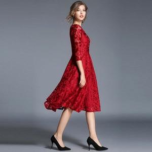 Image 4 - Borisovich 새로운 2018 봄 패션 영국 스타일 럭셔리 우아한 슬림 숙녀 파티 드레스 여성 캐주얼 레이스 드레스 Vestidos M107