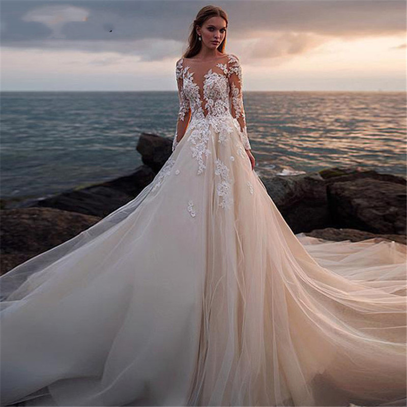 Long Sleeve Sweetheart Wedding Dresses 2019 Lace Appliques Sweep Train Wedding Gowns Vestido De Noiva Longo Custom Made