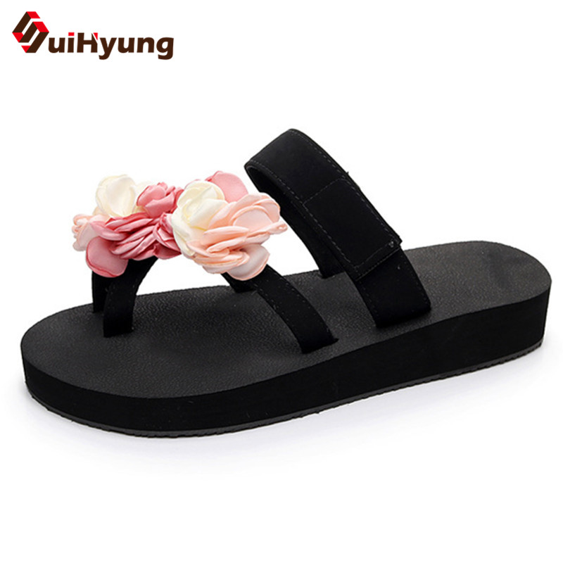 Suihyung 2018 New Women Summer Flat Shoes Outside Flowers Sandals Comfortable Non-slip Beach Slippers Flip Flops Female Slippers suihyung design new women and men summer flat shoes hit color breathable hollow beach slippers flips non slip unisex sandals
