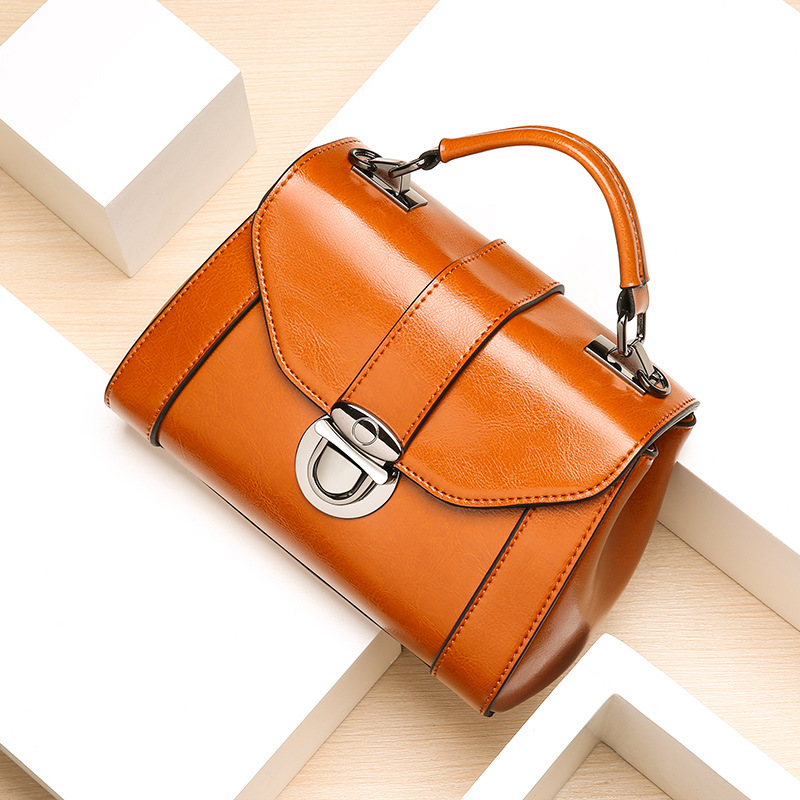 Maihui women leather handbags high quality shoulder bags 2017 new woman solid hasp flap bag real cow genuine leather vintage bag maihui designer handbags high quality woman bag real genuine leather bags for women 2017 new ladies vintage saffiano tote bag