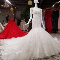 2018 Mermaid Wedding Dresses Deep V neck Sexy Crystal Beaded Pearls Bridal Gowns Ruffles Trumpet Vestido De Noiva