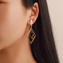 Korean version of the trend network red geometric earrings Fashion long Temperament goddess ear jewelry