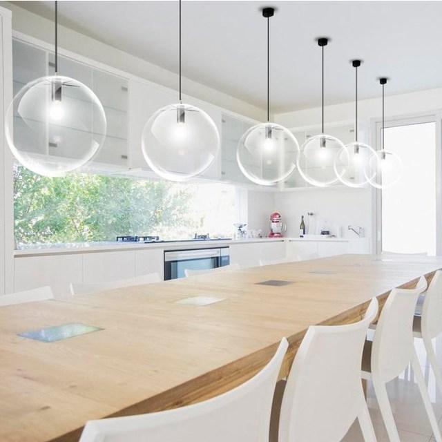 luminaire de cuisine luminaire bar poignace cuisine design ordinary chaise blanche fly cuisine. Black Bedroom Furniture Sets. Home Design Ideas