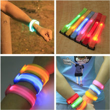 6 stks/partij wideth LED Knippert Wrist Band Armband Arm Band Riem Licht Up Dance Party Glow Voor Party fiets Decoratie Gift(China)