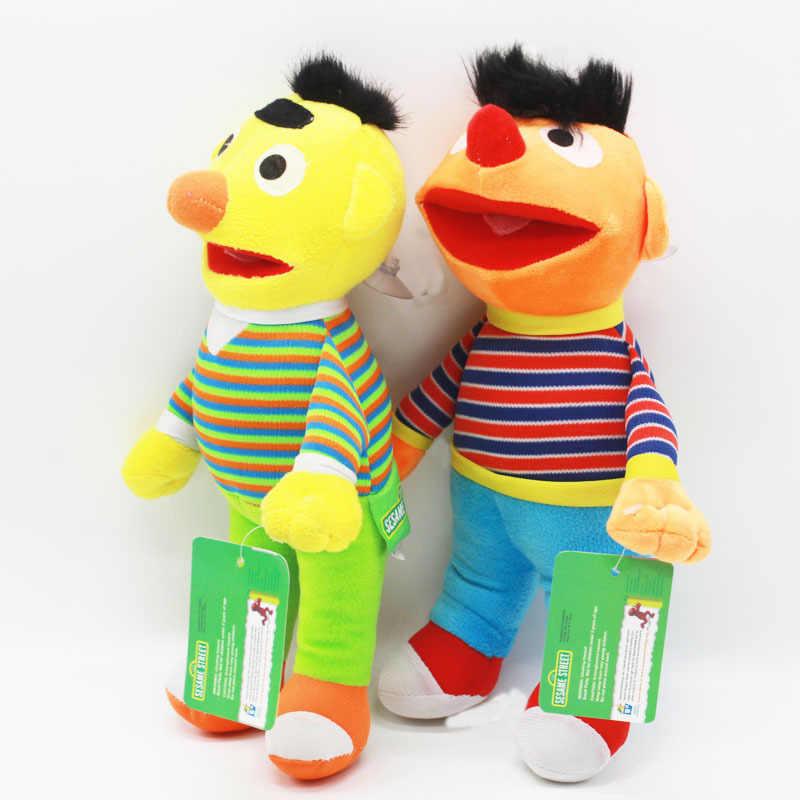 2 pçs/lote 28 cm Dos Desenhos Animados Sesame Street Elmo Ernie & Bert Pelúcia brinquedos Boneca Macia Bichos de pelúcia Brinquedos de Natal para Crianças crianças presente