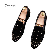 Ovxuan Handmade Loafers Men Fashion Party Prom Banquet Velvet Shoes Luxury Brand Pointed Toe Wedding Spikes Rivets Shoes
