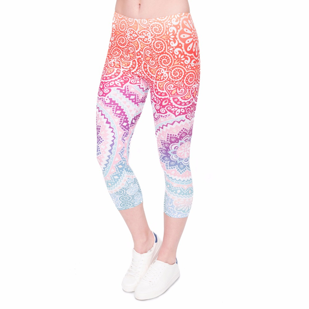 Women Capri Leggings Aztec-Round-Ombre Printing  Mid-Calf Fitness Movement Leggins Capri Pants