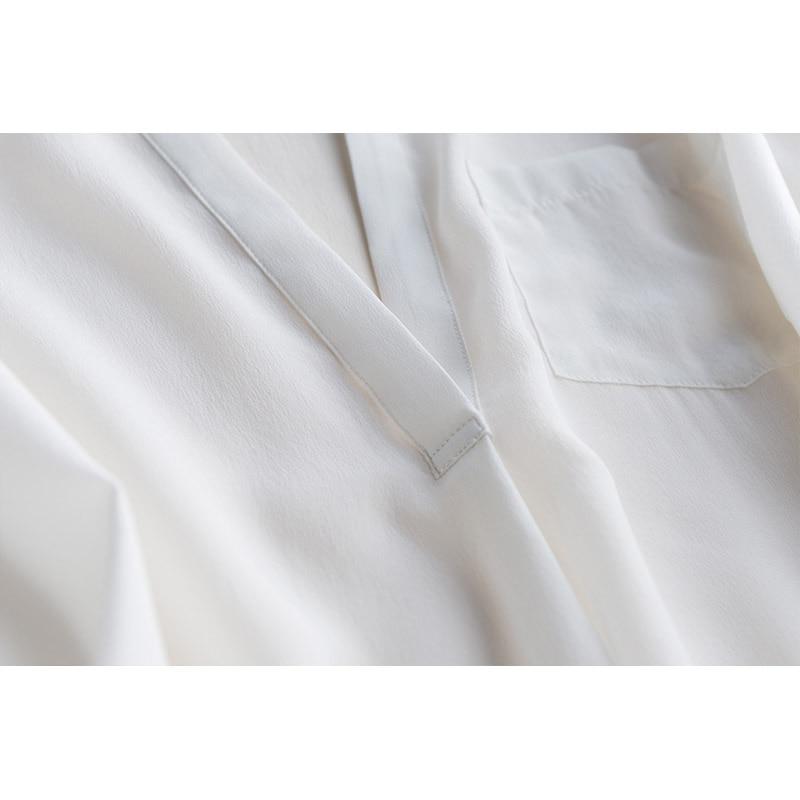 GUIYI Gola V Profundo Sexy Longas Mangas Soltas OL Camisa Das Senhoras 100% de Seda Das Mulheres Sólido Branco Conforto Temperamento T shirt - 4