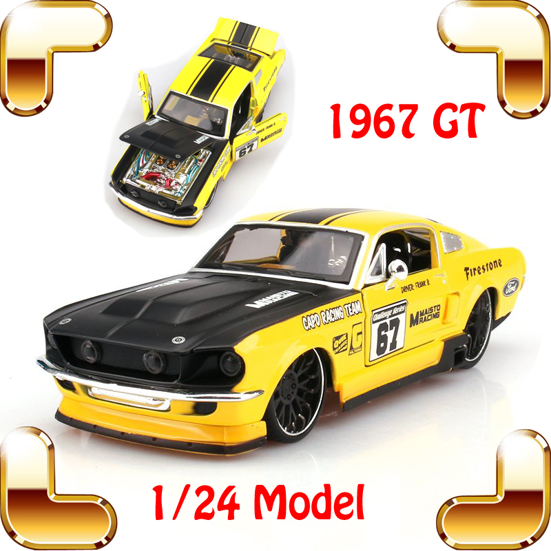 New Year Gift 1967 GT & Boss 1/24 Metal Model Classic Car Vehicle Model Scale Simulation Toys For Decoration Metallic Present new year gift wrangler rubicon 1 18 metal model car collection alloy jeep classic suv toys for friend simulation metallic