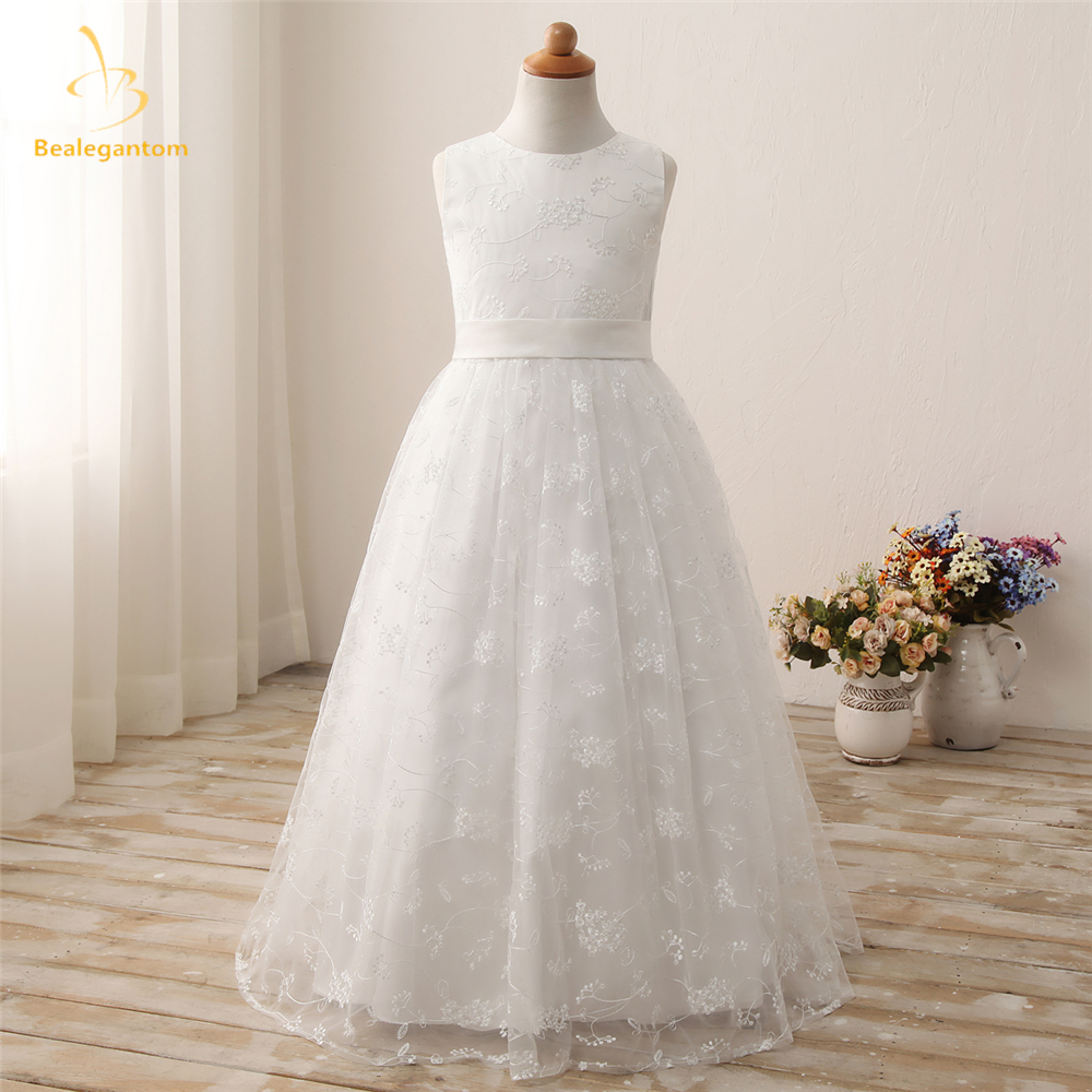2019 New White Scoop Lace A-Line   Flower     Girl     Dresses   with Appliques Princess Pageant Gown Vestidos De Comunion Gown QA1213