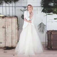 النمط الأوروبي العاج طويل توتو التنانير لالعرسان رومانسية تول التنورة مخصص عالية الجودة المرأة تنورة ل حفل زفاف