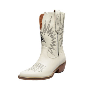 Image 5 - Buono Scarpe Embroider Women Boots Med Heels Retro Knight Boots Female Genuine Leather Botas Mujer Western Cowboy Sale Boots2019