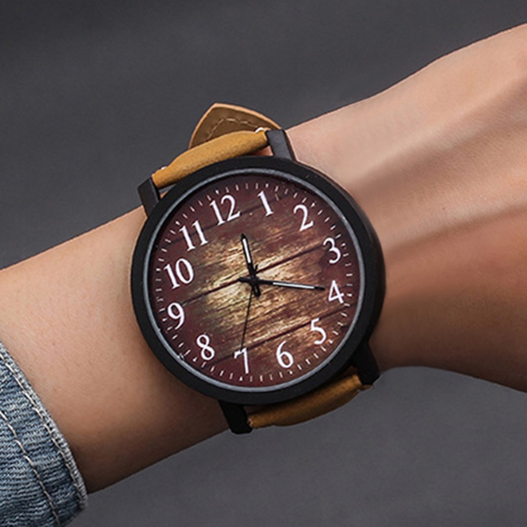 Women's Large Dial Round Quartz Watch Fashion Vintage Leisure Imitation Wood Watches Leather Dress Watch Wristwatch Woman Clock