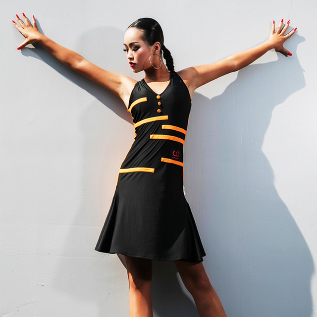 4c7d221f37d6 Bianco Vestito Da Ballo Latino Della Signora senza maniche Delle Donne di  Colore Cuciture Samba Tango Salsa Concorso Vestiti di Usura di Prestazione  Adulto
