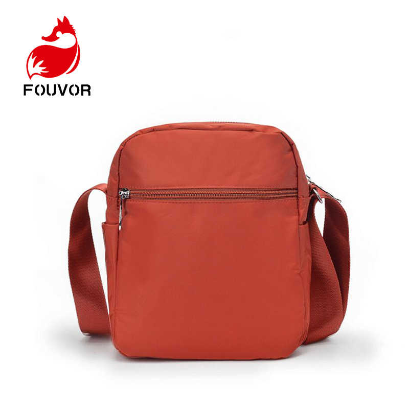 Fouvor النساء حقائب كتف الأزياء البسيطة حقيبة المرأة صغيرة رسول Crossbody حقيبة السيدات سستة حقائب حقيبة الهاتف الحقيبة
