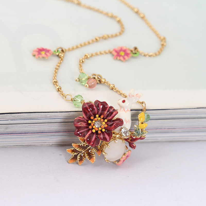 Alice Series European Style New Arrivals Small White Rabbit Enamel Gold Necklace Clavicle Chain Women Gift
