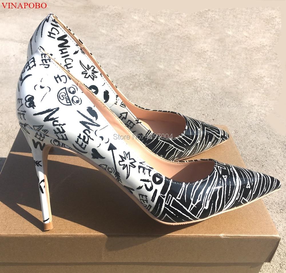 Vinapobo blanc noir Graffiti pompes femmes chaussures talons hauts 2019 nouveau printemps chaussures à talons aiguilles femme bout pointu talon mode Patry
