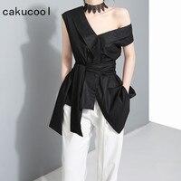 Cakucool Nuevas Mujeres Sin Mangas Blusa Asimétrica Sashes Diseño Collar de Inclinación Del Hombro Blusas Novedad Delgado Blusa de la Señora
