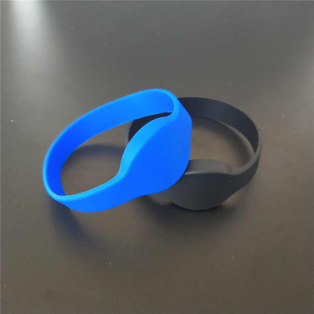 RFID Wristband 125KHz EM4100 ID Waterproof Bracelet Tag Dia 65mm бензиновая мотопомпа калибр бмп 4100 30 65 вп