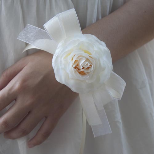 결혼식을위한 Zilue 10pcs / lot 수제 DIY 신부 들러리 들러리 흰 꽃과 리본 손목 손목 꽃
