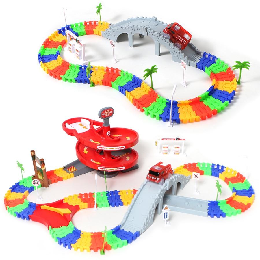 Piste magique miraculeuse piste de course brillant bricolage Puzzle variété blocs de construction assemblé voiture Set jouets pour enfants