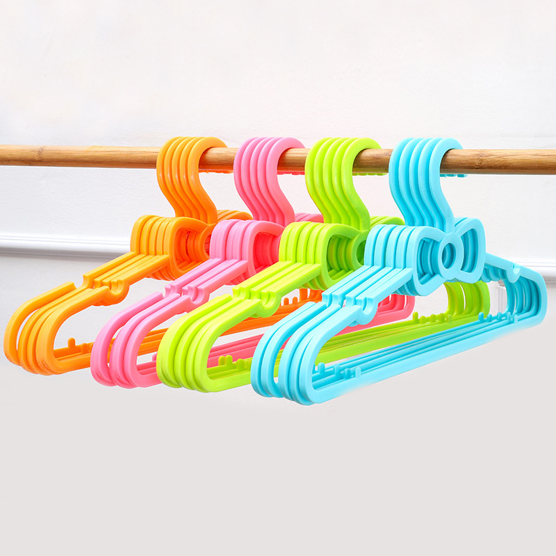 5pcs Suitable Bowknot Garment Coat Clothes Hangers for Adult Drying cute pegs Plastic Hanging Towel Rack