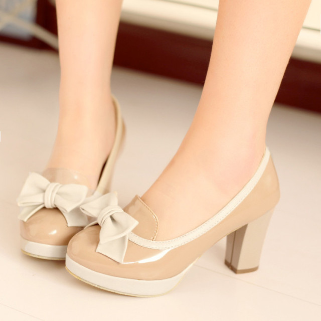 fat feet wide feet high heels Off White