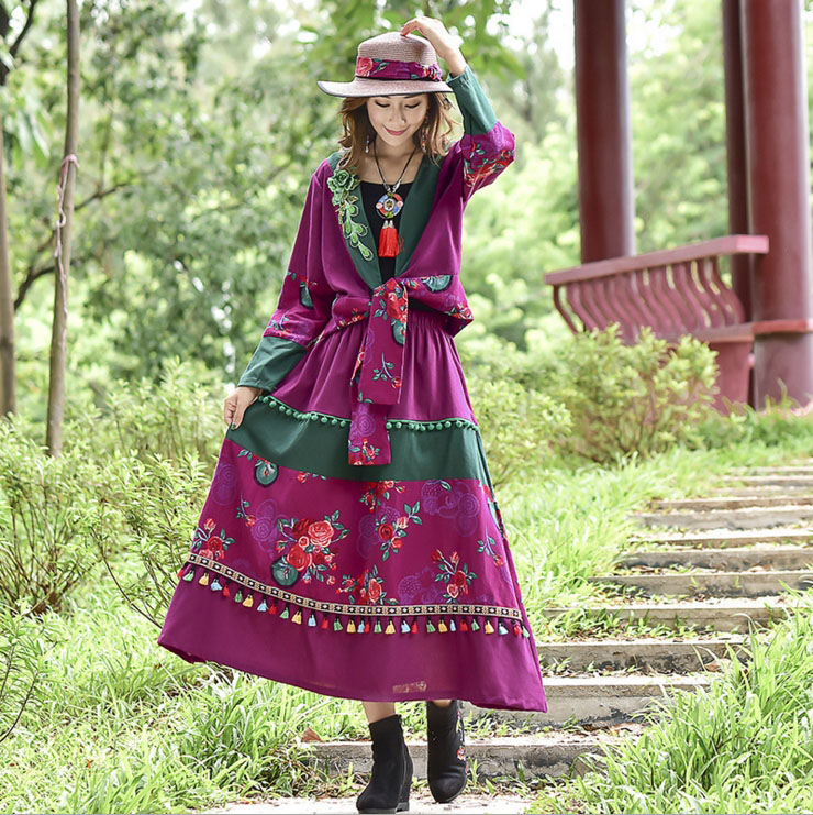 2018 Ethnic style autumn embroidered top tassel skirt cotton linen slim suit