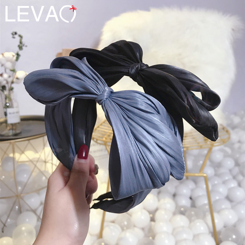 LEVAO Chic Big Bow Hairbands Women Solid Fabric Pleated Headbands Korean New Simple Hair Ornaments Wide-brimmed Head Bands
