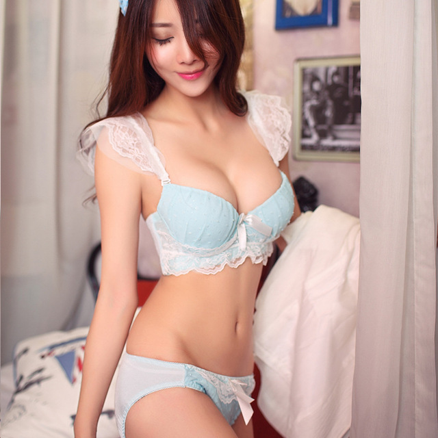 New Sexy Lace Insert Teen Bra Lace Straps Push Up Gather Bra Sets Little Breast Girl