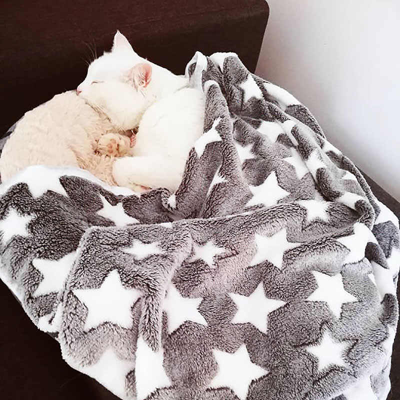 Warm Cat Dog Bed Star Print Puppy Dog Blanket Soft Flannel Fleece Sleeping Bed Mat Cover House For Dogs Pet Supplies 3 Sizes