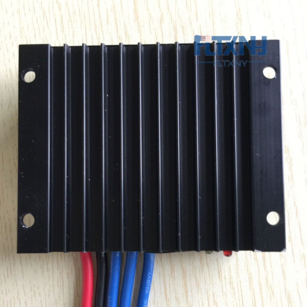 Hot selling  500w 600W wind solar hybrid controller 12v 24V AUTO water proof with low wind speed boost maylar 12v 24v auto wind