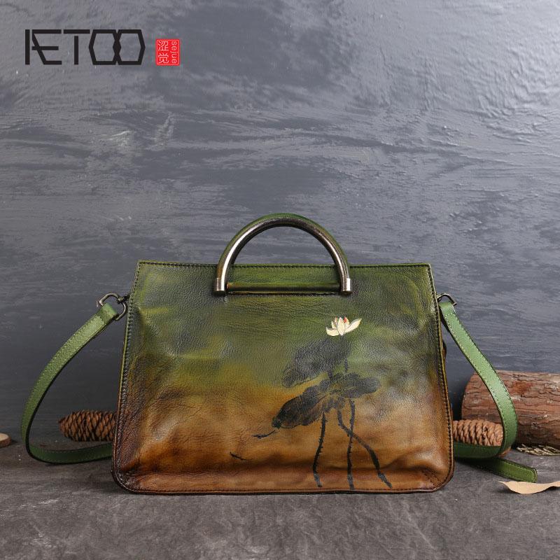 AETOO New first layer of leather personality handbag national wind lotus hand rub color leather handbags стоимость