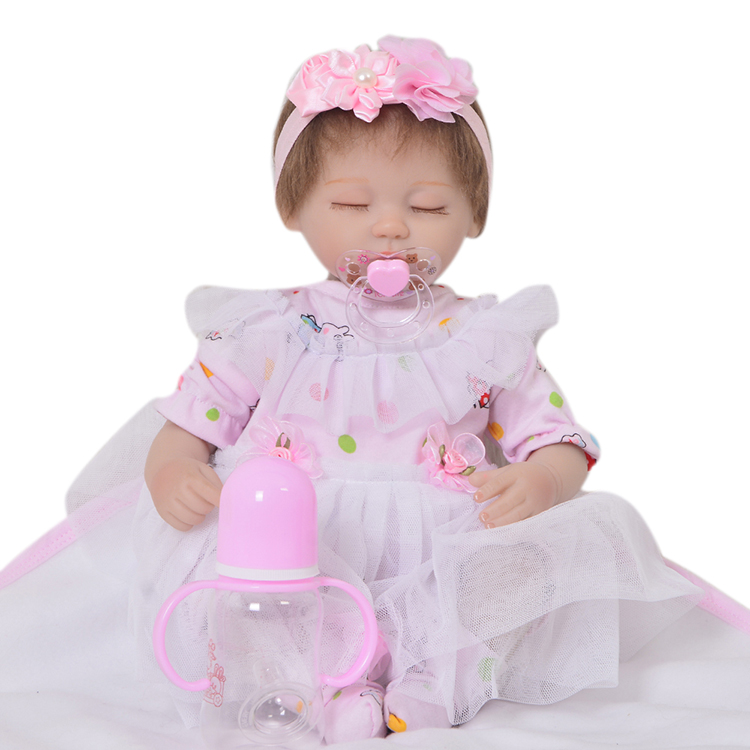 Simulation Realistic Reborn Baby Dolls Soft Silicone Eyes ...