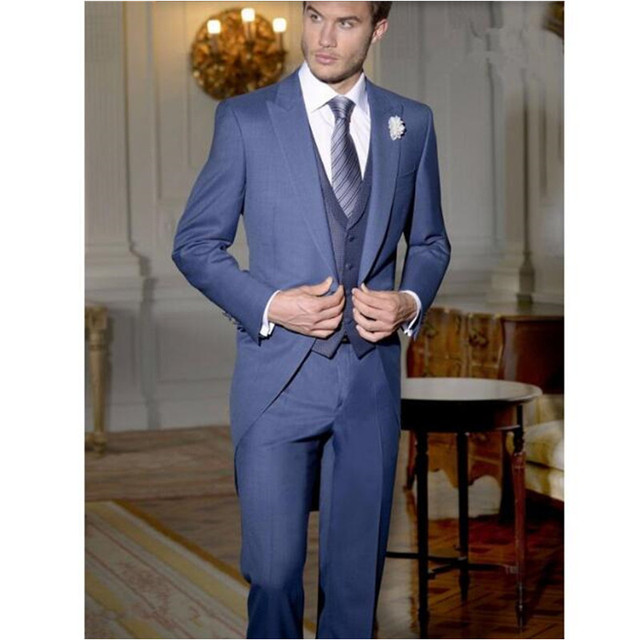Sur Mesure Bleu Marine Gentleman Costume queue de Pie date Style Marié  costumes Smokings Longue De 60eeed4a279