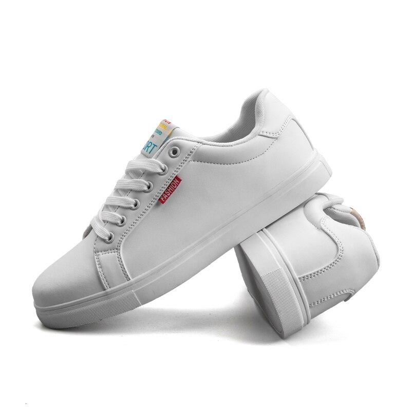 2019 Hommes de Chaussures décontracté baskets plates Hommes En Cuir chaussures plates Nouveau Designer De Mode chaussures blanches chaussures pour homme grande taille 39-48