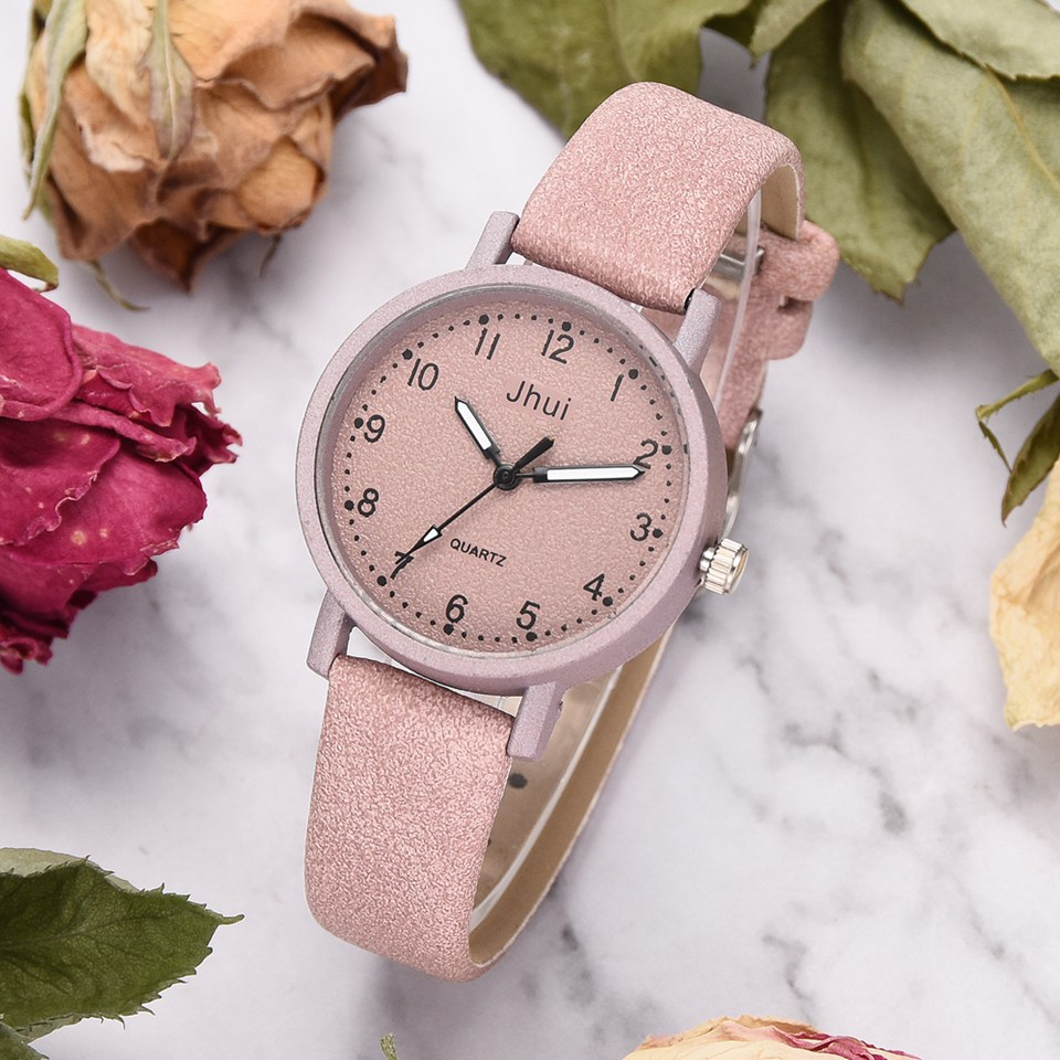 Модные наручные часы фото
