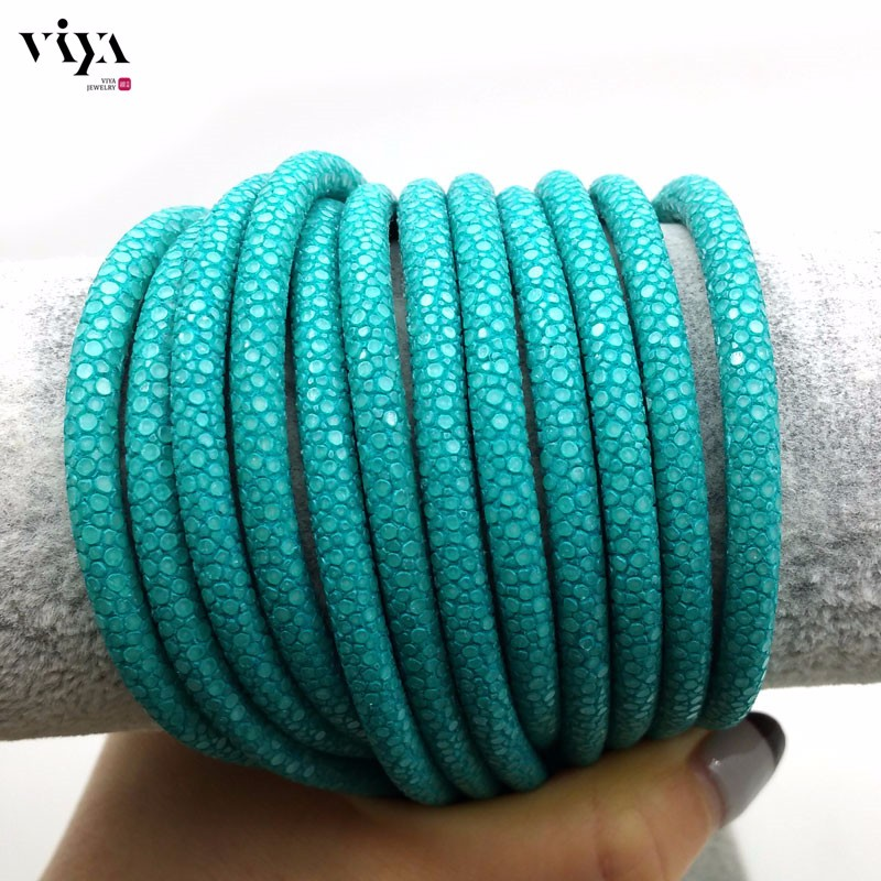 turquoise-stingray-leather-cord-available-diameter-4-mm-5-mm-6-mm-(6)