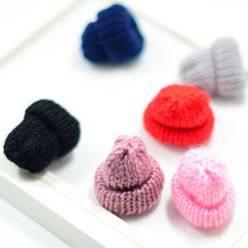 Hot Cute 1Pc Knitted Creative Corsage Mini Hat Brooch For Women Hat Woolen Clothing Dress Accessories