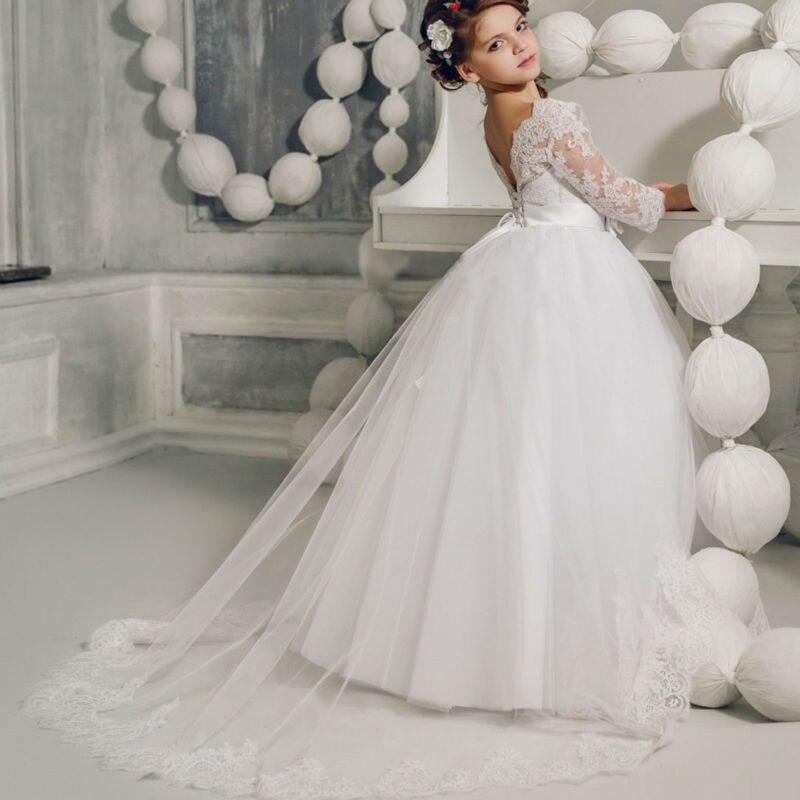 33534ed7e88a3 Manches longues Fleur Filles Robes pour Mariage Blanc Filles Robe De Bal  Dentelle Robes pour 12 Ans pour Mère Fille robes dans Famille Des Vêtements  ...
